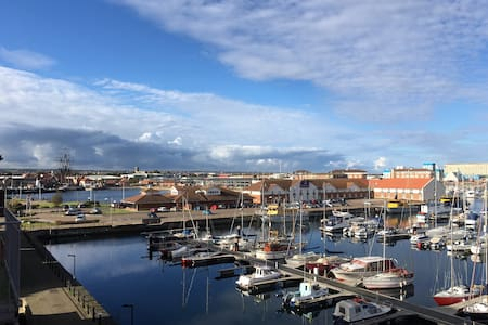 Luxury Marina Apartment - 3 Bedrooms - Hartlepool