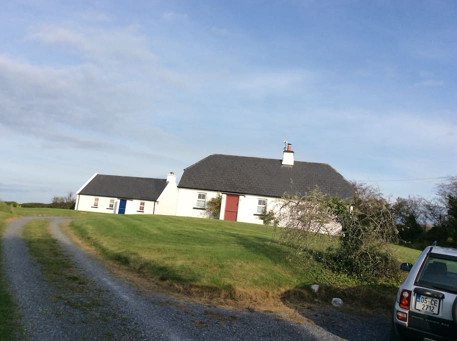 Traditional Irish Cottage Houses For Rent In Corofin