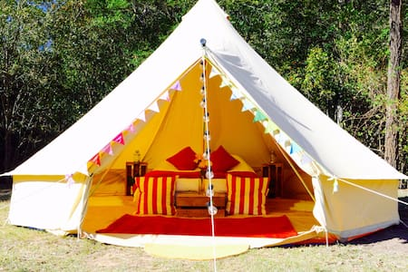 Pop-up Luxury Glamping Bell Tent in Narrabeen - Zelt