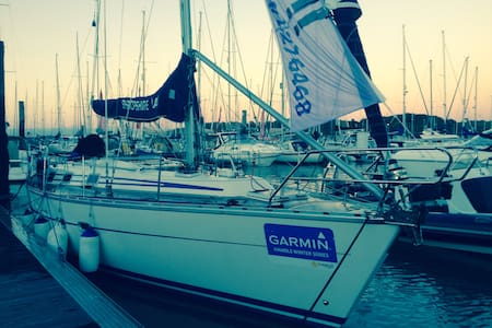 38ft sailing yacht. Port hamble8bed - Hampshire - Boat