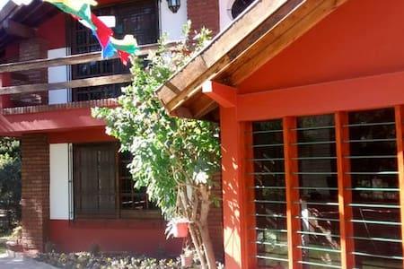 (II) Hostería - Casa para Turistas! - Luis Guillon - Ev