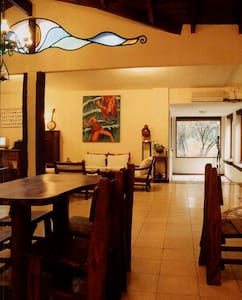 Posada de la Reyna Mora - Bed & Breakfast