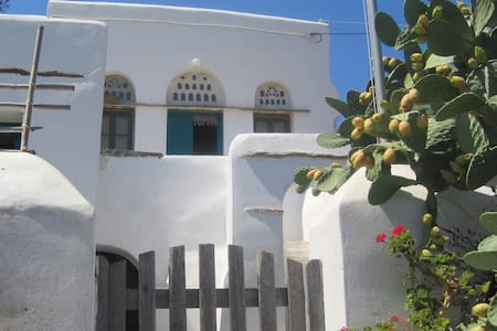 Traditional house in Komi, Tinos - Haus