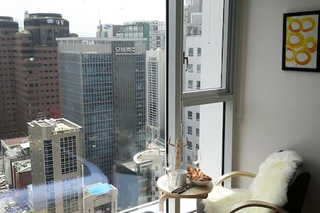 5Sec. GANGNAM STN *NEW* - Apartment