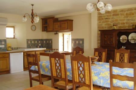 Bourgogne : maison 165 m2 - Hus