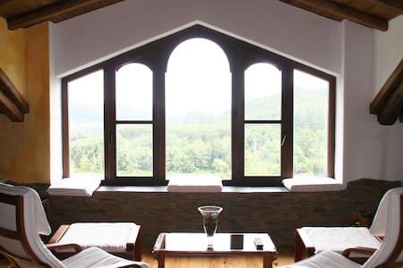 Bonita casa en el campo en Asturias - Coaña - Dom