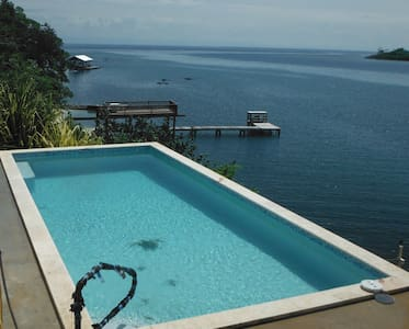 WATERFRONT - NEW POOL -KAYAK, SNORKEL, DIVE. - Jose Santos Guardiola