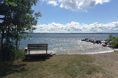 Sweet Water View - Piano intero