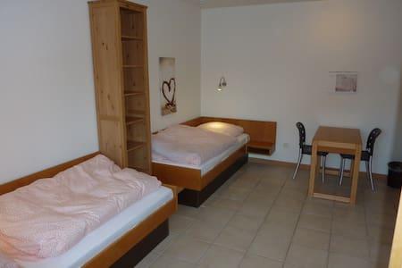 Allforhouse.de Monteurzimmer Libellenweg 56 - Uelzen - Leilighet