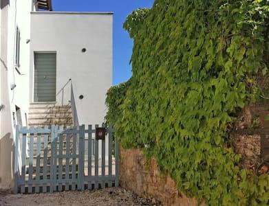 Casa Panoramica e Caratteristica - Haus