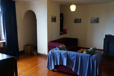 Simple bedroom in VERY central location - Christchurch - Pis
