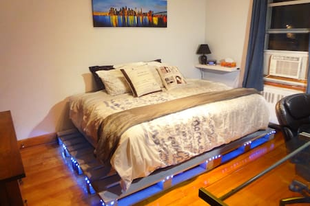 Cozy, Clean and All-Furnished Room - The Ocean - Montréal - Apartment