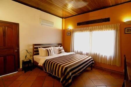 Nikkivinsi Residence - Szoba reggelivel