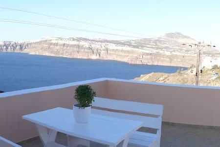 Lava Rossa A - Akrotiri - House