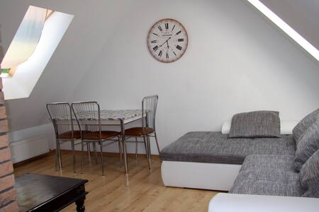 Beautiful summertime apartment - Appartement