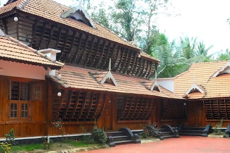 Enjoy comfort of Homestay and nature at its best - Muvattupuzha - Bungalow