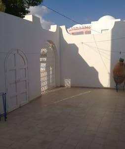 MAISON DES OLIVIERS - Zarzis - Haus