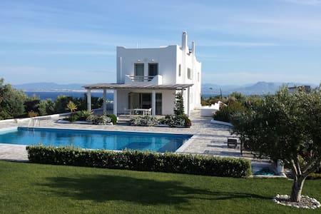 New 8 bedrooms lux seafront seaview villa Loutraki - Skaloma
