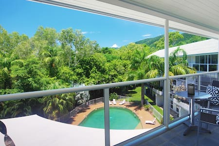 Resort Style Living only Minutes from the Beach - Palm Cove