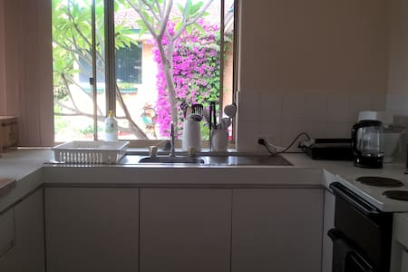 2 br + study villa in Doubleview - House