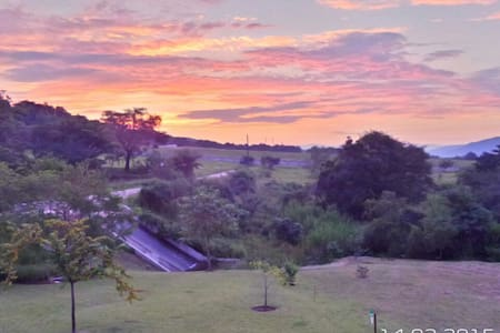 Dragonstroh close to the Kruger National Park - Hazyview - Huis