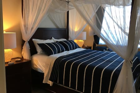 Gorgeous Room in West Oahu! - 獨棟