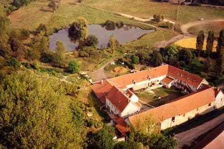 """08=>14PERS """"Ferme Royale"""" - VERSAILLES - Bailly - Hus"""