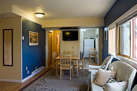 Lewis Studio, Dunrovin Ranch - Appartement