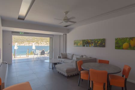 Suite for2 people-Private Pool-LavenderCove Korfos - Korfos