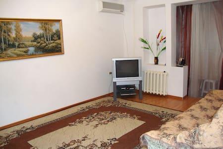 Двухкомнатная квартира в Грозном (Ипподромный) - Apartment