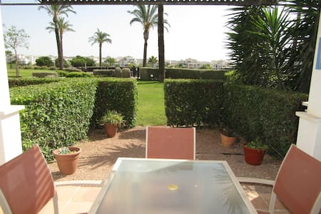 Ground floor poolside apartment frontline golf - Sucina - Appartement