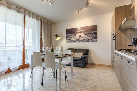 Enjoy apartment near Rho Fiera - Limbiate - Appartement