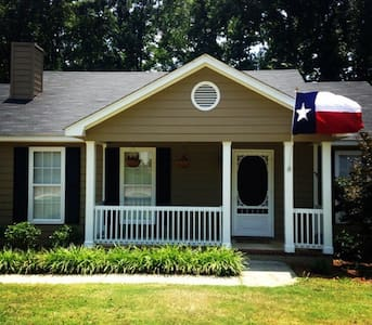 Masters Rental - welcome golf fans! - Evans - Haus