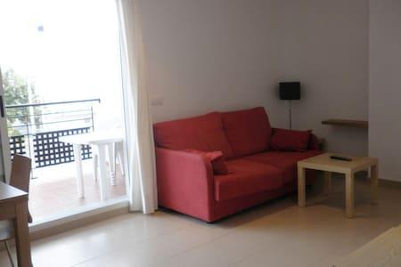 Apartamento playa 2 dormitorios - Huoneisto