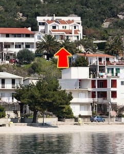 Two bedroom apartment with terrace and sea view Igrane, Makarska (A-5266-a) - Lejlighed