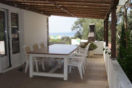 Le Cactus - villa meditérranéenne - Cargèse