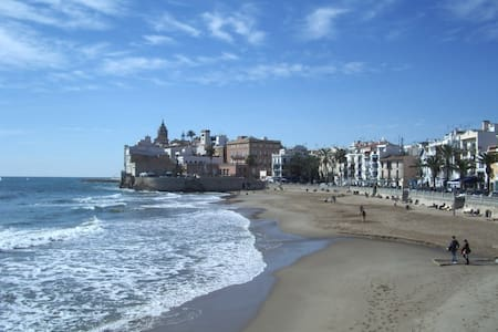 Independent Study- apartment in Sitges, Barcelona. - Sitges - Loft