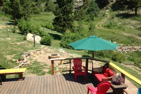 Peaceful Convenient Mountain Studio - Estes Park - Appartement
