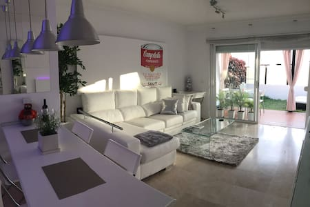 Exquisito Ambiente en Tenerife Sur. - Appartement