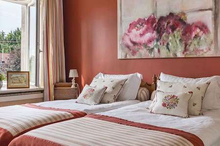 Charmes d'hôtes - chambre Valentine - Bed & Breakfast