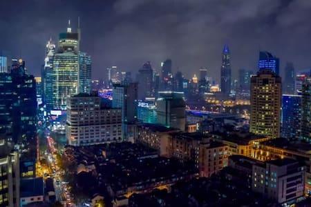 顶楼,两个阳台PENTHOUSE LOFT可以看到豫园和外滩, Yuyuan Garden Bund - Pis