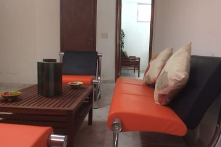 Spacious One Bed Room Apartment in Laboule 12 - Lakás
