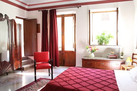 Comfortable accommodation close to the airport - Bed & Breakfast