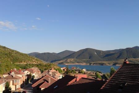Habitación con baño en Riaño, Picos de Europa - Apartment