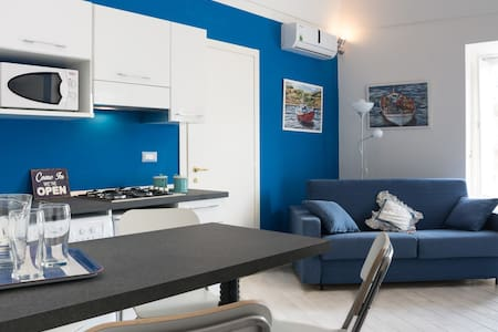 Blue Sky- Newly Renovated & Central - Wohnung