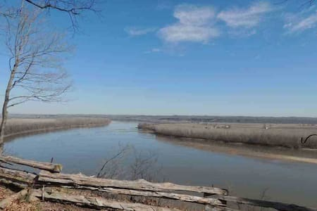 Amazing River View - Fish Haus - New Haven - Bed & Breakfast