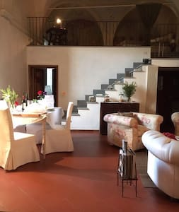 Charming and quiet loft in Chianti - Montefiridolfi - Loft-asunto