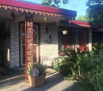 Casa Corazón: Love Lives Here ❤️️ - San Antonio
