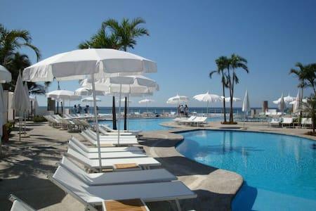 Mayan  Lakes Acapulco DIAMANTE Con MEMBRESIAS - Apartment