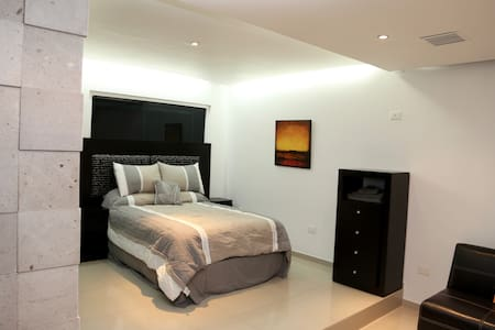 GREAT STUDIO NEAR CIUDAD DEPORTIVA - Villahermosa - Apartment